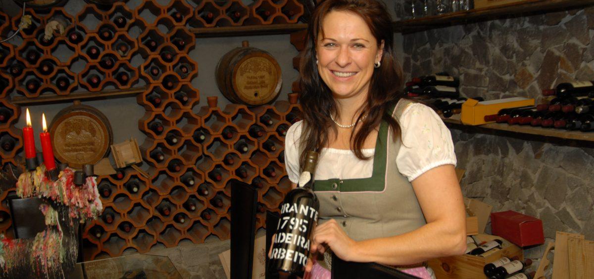 Wein im Weiß: Edle Tropfen an der Ski-Piste