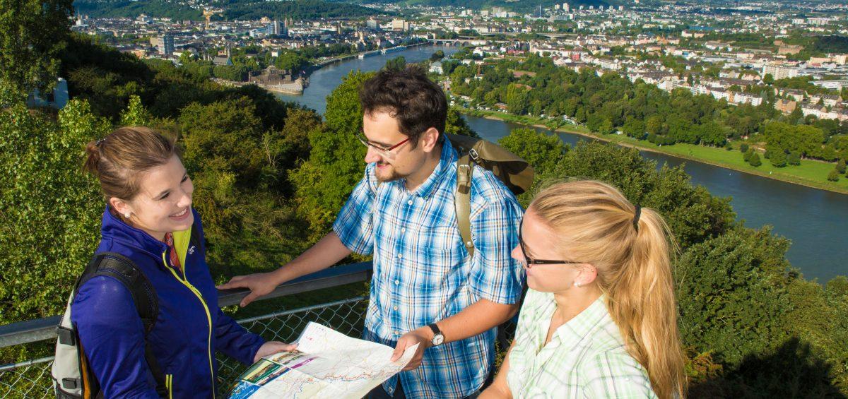 Wein und Weitblicke an Rhein und Mosel