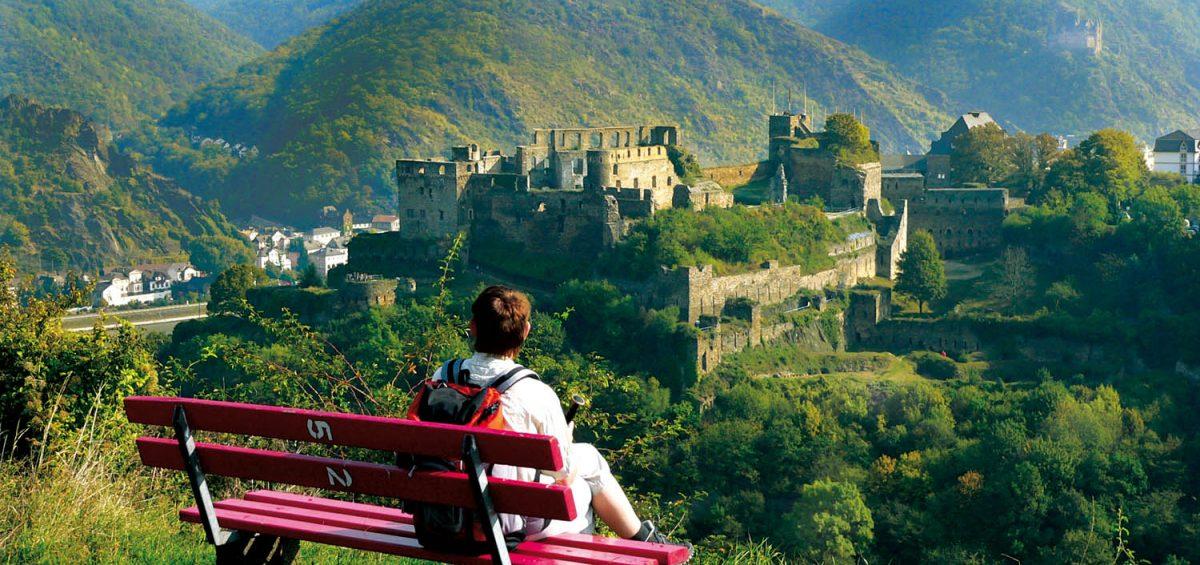 Mit dem Rucksack von Burg zu Burg am Rhein