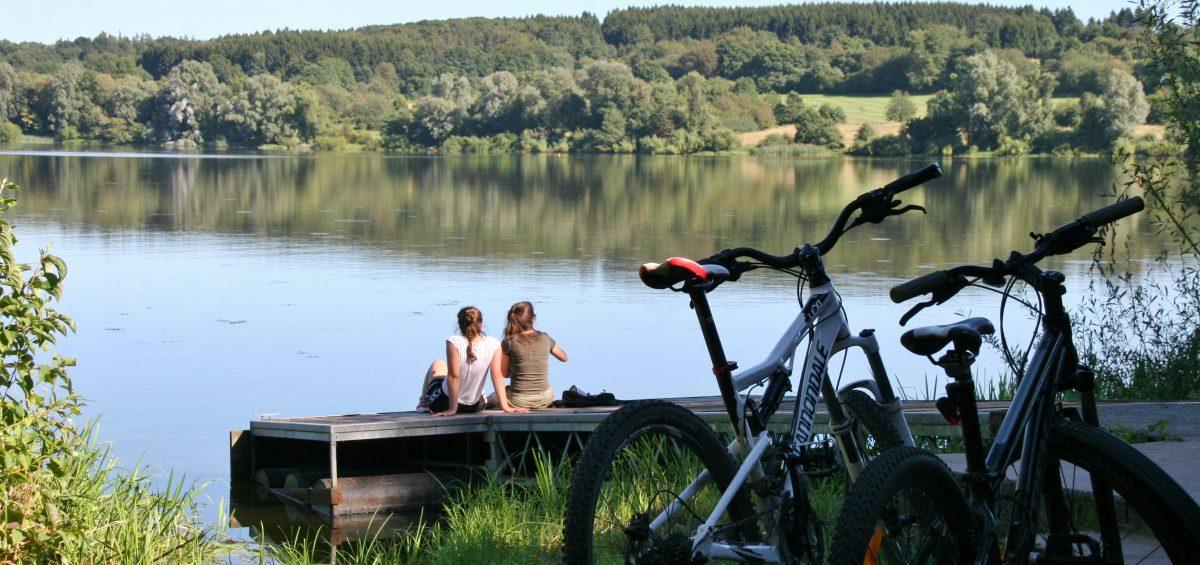 Wasser, Wälder und Weitblicke: Neue E-Bike-Touren erschließen den Westerwald.